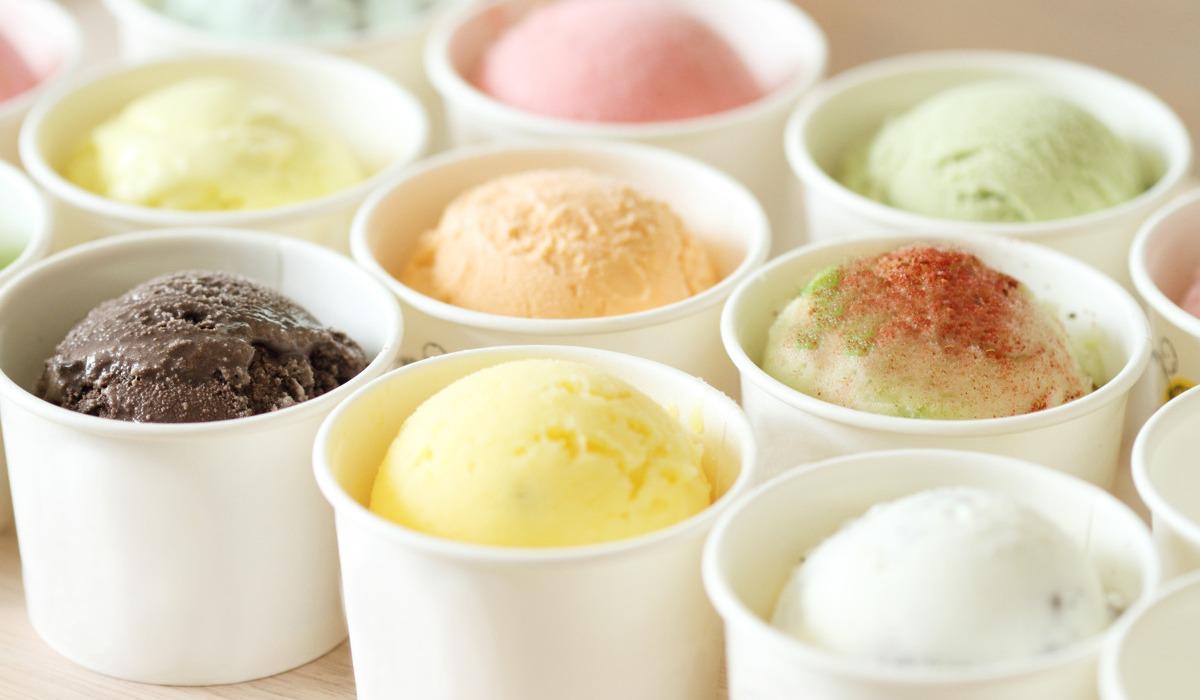 Boules de glace avec différents parfums